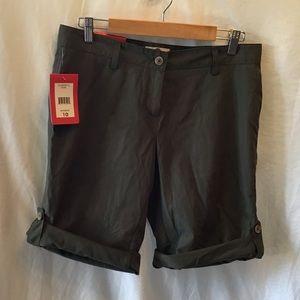 NWT Weatherproof shorts, olive green, size 10